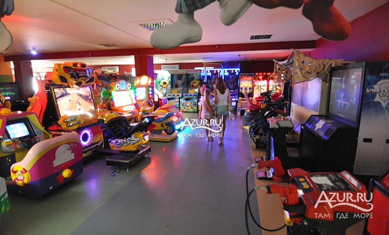 Игровые автоматы, детские площадки, комнаты, боулинг, развлечения играть в покер онлайн без денег бесплатно без регистрации