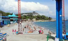 Вид на главный пляж курорта
