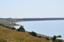 Дикий пляж у посёлка Морской