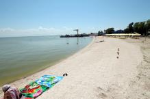 Пляж панс. Приазовье со стороны Ейского лимана