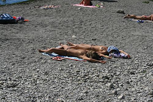 Гей пляж геленджик